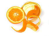 孤立在白色的被剥皮的橙色 — 图库照片