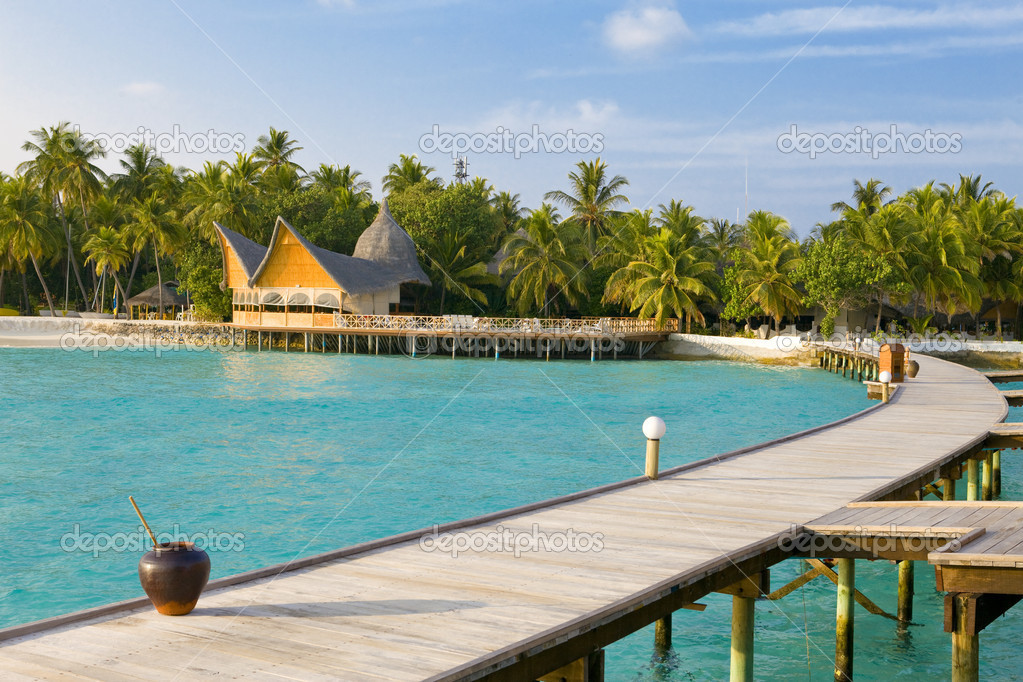 Island in ocean, Maldives — Stock Photo #3033607