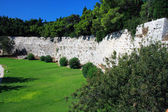 Greece, Rhodes. Wall of ancient city — Stock Photo