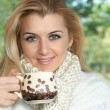 Woman drink coffee — Stock Photo