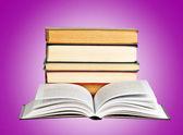 Arka plan üzerine kitaplar — Stok fotoğraf