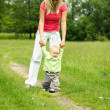Mother learns child to walk — Stock Photo #2763849