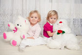 Two girls with teddy bears — Foto Stock
