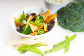 Tofu beancurd and vegetables — Stock Photo
