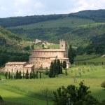 Sant Antimo Abbey near Montalcino in Tuscany — Stock Photo