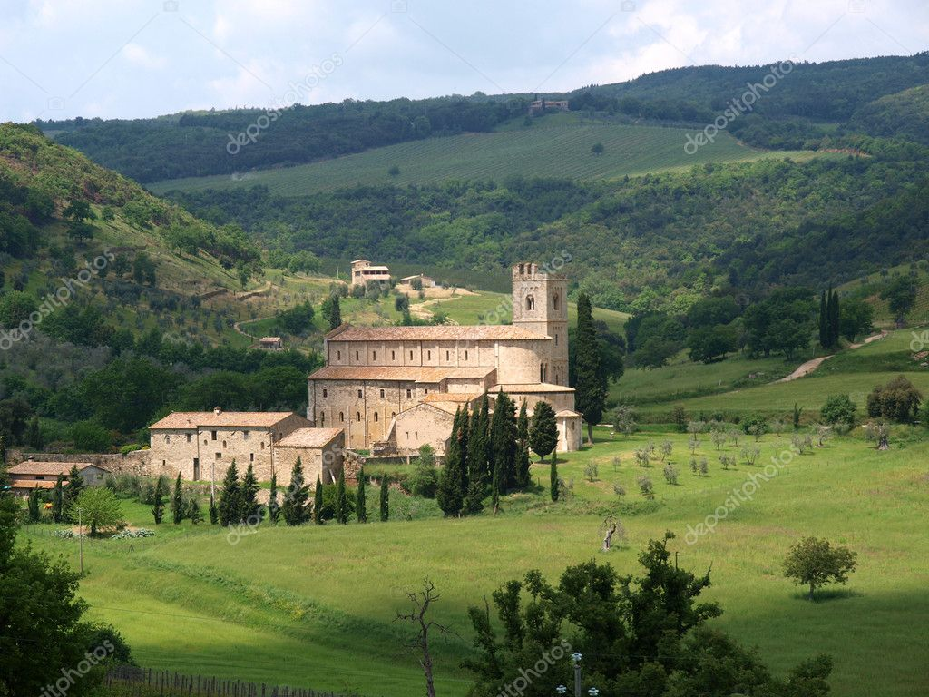 Sant Antimo Abbey near Montalcino in Tuscany, Italy — Stock Photo #3479801