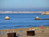 Morning on Beach of Praia da Rocha in Portimao, — Stock Photo