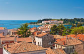 Adriatic sea coast of old Croatian town — Stock Photo