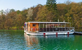 Lake ferry boats station — Stock Photo