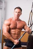 Bodybuilder posing — Stock Photo