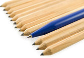 Yellow pencils lined obliquely with one — Stock Photo