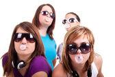 Dziewczyny z bubble gum — Zdjęcie stockowe