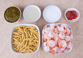 Pesto shrimp ingredients — 图库照片