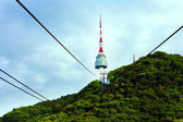 Cableway raises to Seoul Tower. — Stock Photo