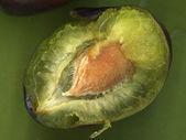 Närbild av gröna plommon — Stockfoto