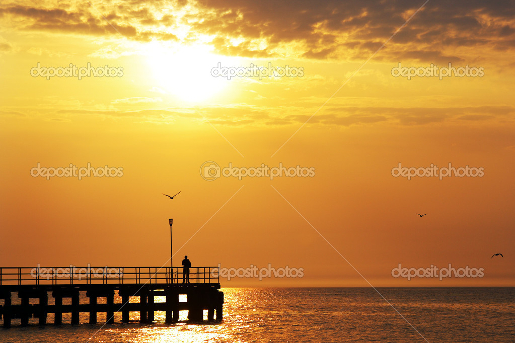 Beautiful sunset over Baltic sea — Stock Photo #2833312