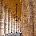 Columns — Stock Photo #2990173