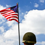 兵士とアメリカの国旗 — ストック写真