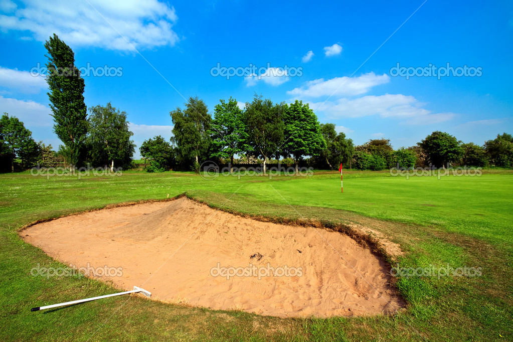 Green golf field — Stock Photo #3281330