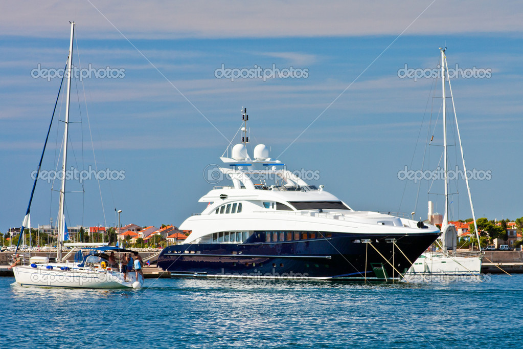Luxury yachts, Zadar, Croatia — Stock Photo #3350413