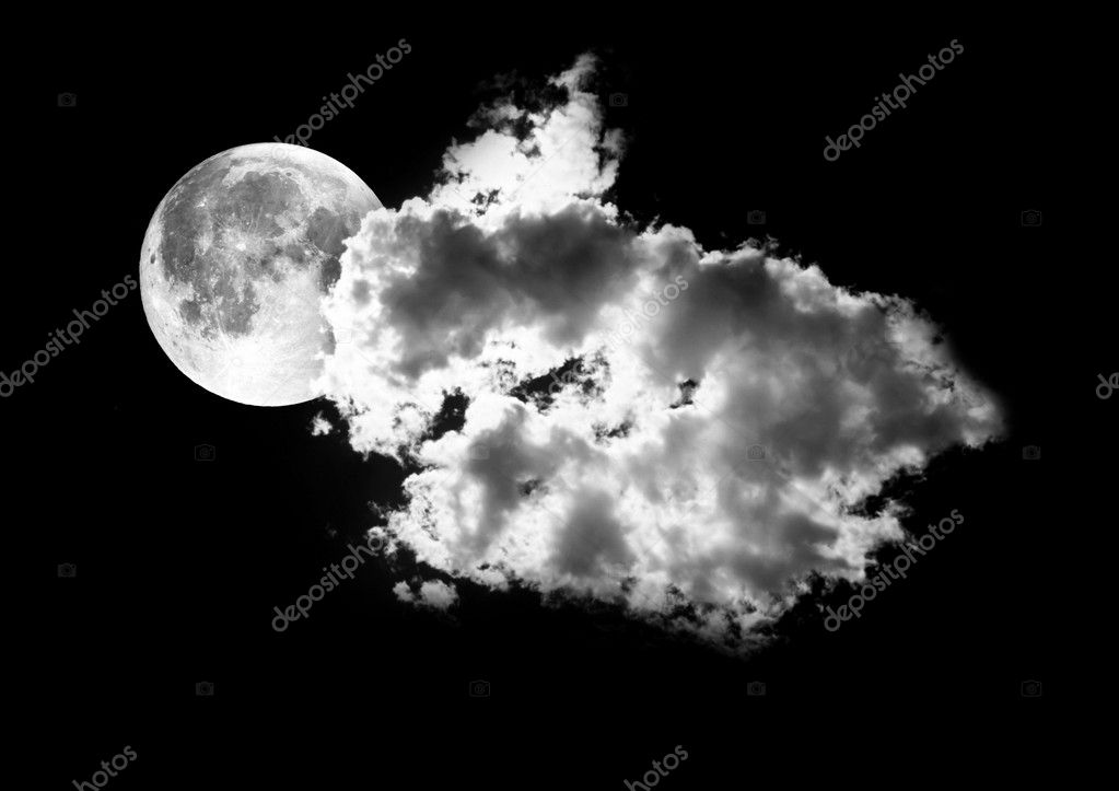 Moon between the clouds in dark nght, a dark night brings a bright, amber moon alive with puffy hazy clouds. — Stock Photo #4860629