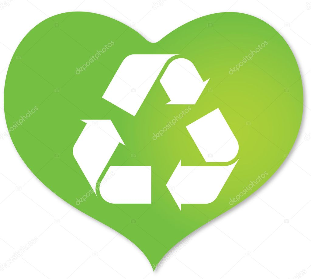 Green heart with recycle icon inside — Vector by mastertasso
