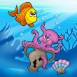 Cute octopus and orange fish — Stock Photo