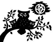 Silhouette of three owls on branch — Stock Vector