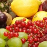 Large heap of fresh fruit — Stock Photo