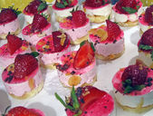 Strawberry sweet heap, culinary, cake background. — Stock Photo