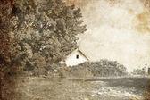 Dorpswoning in de buurt van boom. foto in oude stijl van de afbeelding. — Stockfoto
