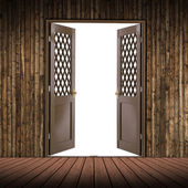 Wooden room and the door is empty — Stock Photo