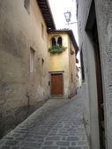 Barga - malé město v Toskánsku — Stock fotografie