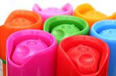 色とりどりのエアゾール缶 — ストック写真