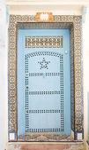Very old wooden door of Morocco — Stock Photo