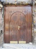 摩洛哥的非常老的木质门 — 图库照片