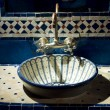 Detail from bathroom of Moroccan hotel — Stock Photo
