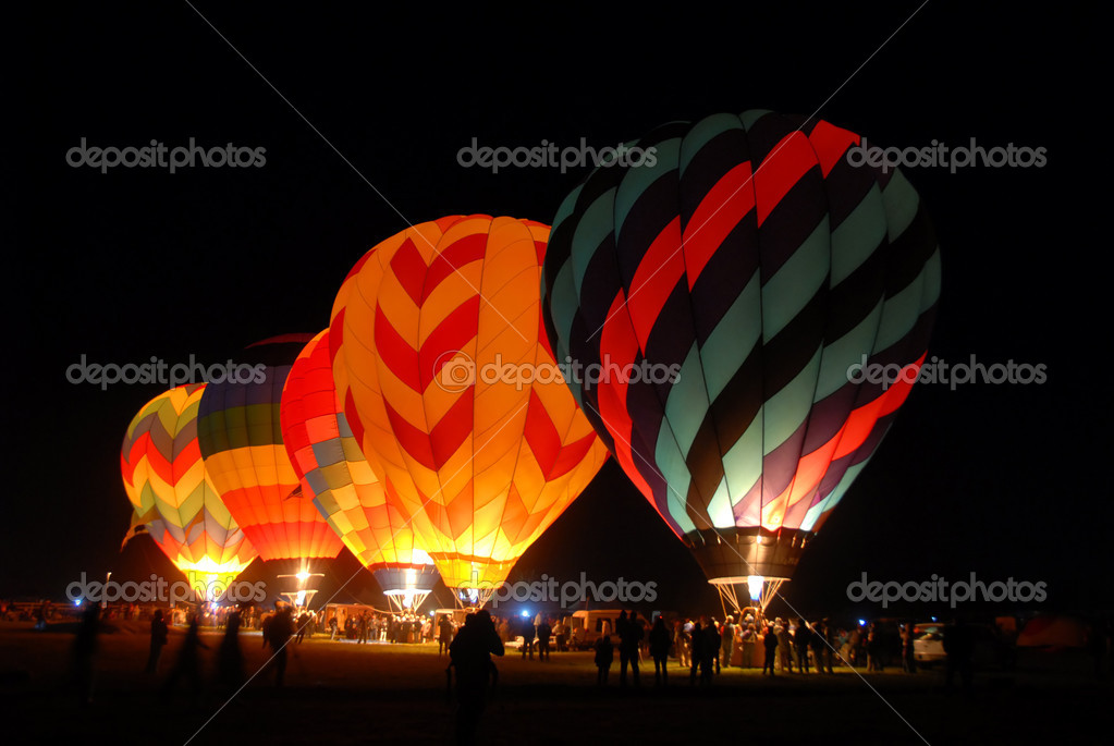 Balloons lighting up the darkness, Reno, Nevada — Stock Photo #3200348
