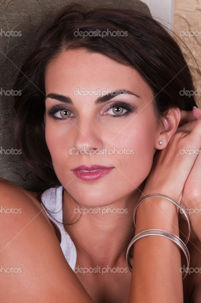Closeup on the beautiful face of a young Czech woman — Stock Photo #4244083
