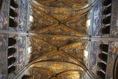 Ceiling romanesque cathedral in Parma — Stock Photo