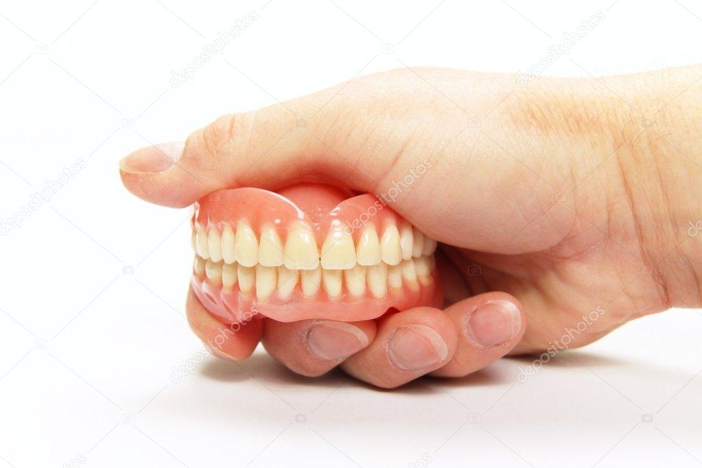 Приснились зубы не своими руками