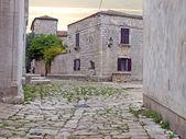 Straße in antiken Osor-Stadt — Stockfoto