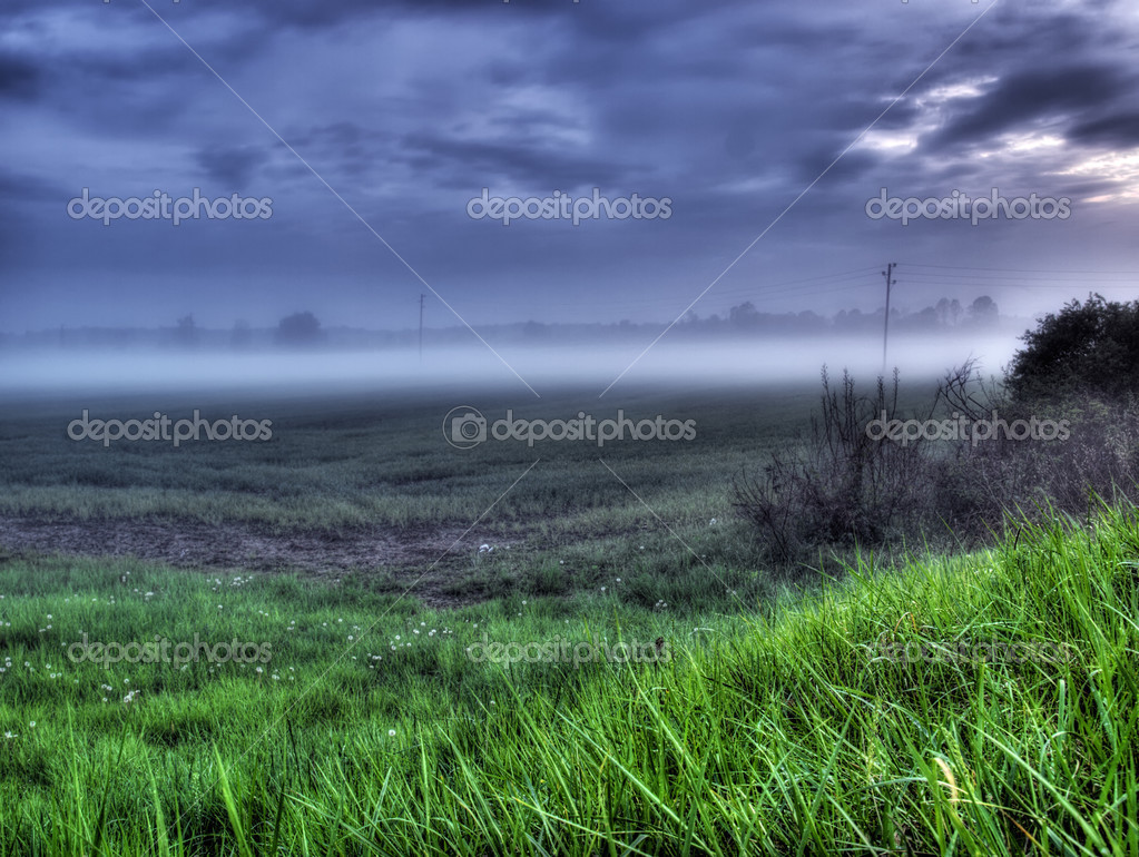 Scene of the evening mist somewhere on the continent in Europe — Stock Photo #2779869
