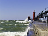 Rough Water at the Lighthouse — Stock Photo
