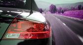 Samochód na autostradzie — Zdjęcie stockowe