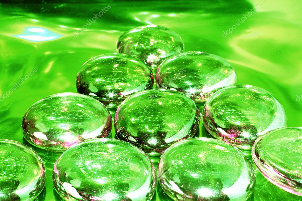 Pyramid on Drugs - green tone — Stock Photo #2713906
