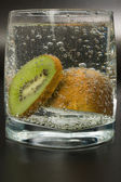 Cocktail glass with kiwi — Stock Photo