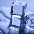 Blue and shiny ice cubes — Photo