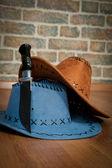 Due cappello e coltello — Foto Stock
