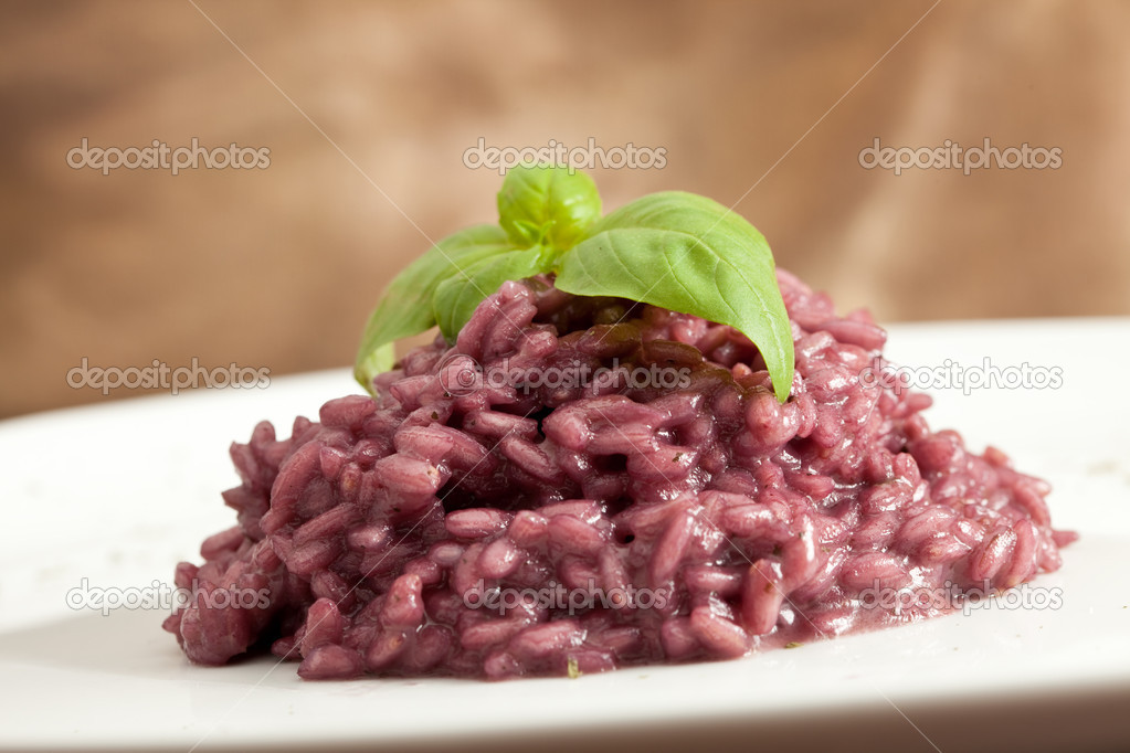 Photo of risotto with red wine — Stock Photo #3140607